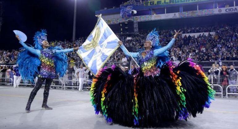 Prefeitura de SP cria grupos de trabalho para tratar de Réveillon e Carnaval 2022