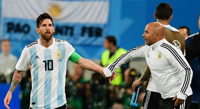 Sampaoli fez péssima Copa. Saiu desmoralizado da Argentina