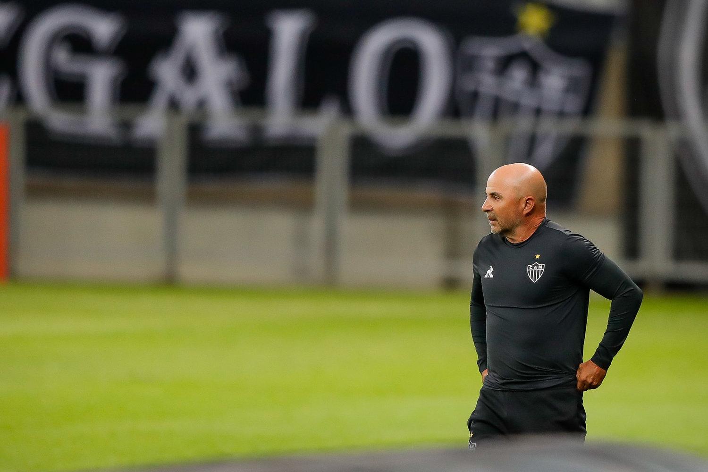 Jorge Sampaoli não admite. O Atlético Mineiro está longe do que se espera
