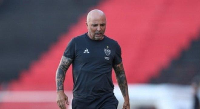 Sampaoli não estará em campo com o Galo contra o Palmeiras, na última rodada do Brasileirão