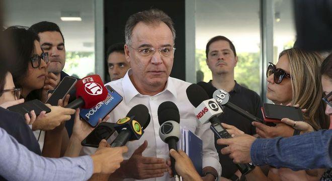 O relator Samuel Moreira conversou com os jornalistas neste sábado (1°)
