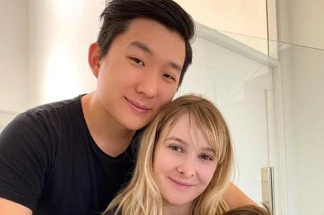 Influenciadora cobrou o marido nas redes sociais