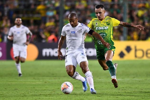 Sánchez - O meia uruguaio é uma das principais peças do Santos desde a sua chegada, em 2018. Pela seleção uruguaia, jogou as Copas de 2014 e 2018