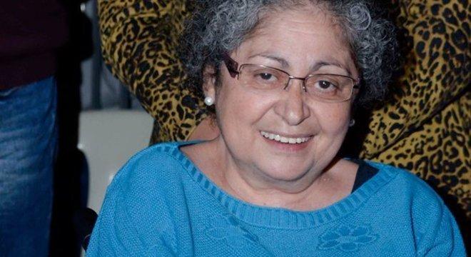 Sandra Reis, que é cadeirante, fala sobre dificuldade para fazer mamografia