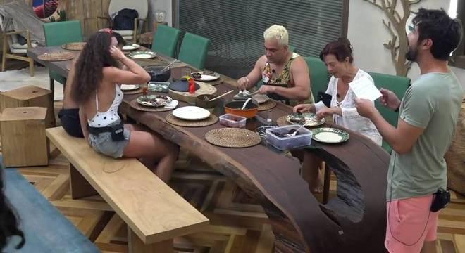 Sandro Pedroso deu susto nos peões durante o almoço