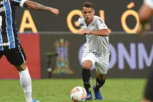 Sandry - Posição: volante/meia - Clube: Santos - Idade: 18 anos - Situação: está se recuperando de uma grave lesão, mas foi titular na final da Libertadores 2020 e vinha sendo referência no meio-campo santista.