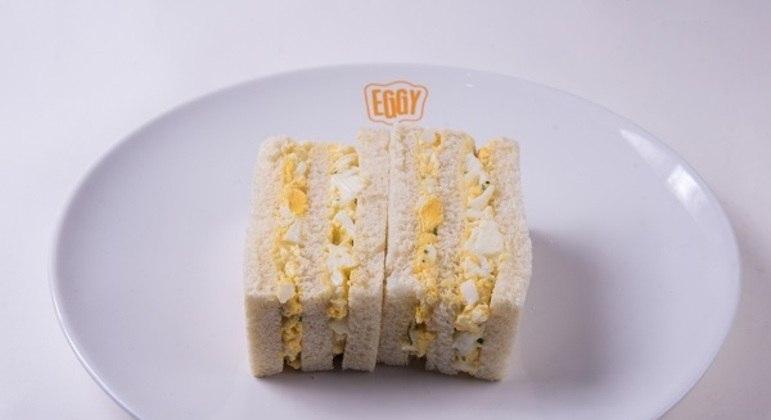 Sanduíche de pasta de ovo do Eggy