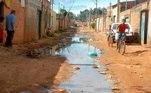 rua sem saneamento básico