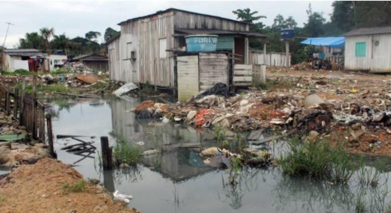 Mais de 270 mil pessoas foram internadas em 2019 devido a falta de saneamento básico