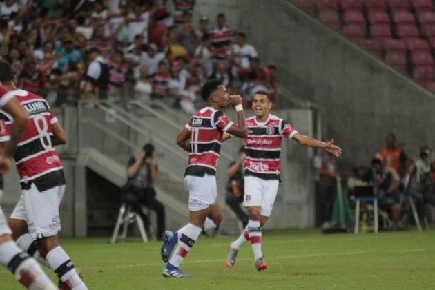 Santa Cruz: O Santinha é outro clube tradicional do futebol brasileiro que está na Série C. Atualmente, ocupa a terceira colocação do grupo C, mas não depende apenas de si para o acesso: Apenas a combinação vitória sobre o Ituano + tropeço do Vila Nova garante a equipe na série B. O Santa Cruz foi rebaixado em 2017.