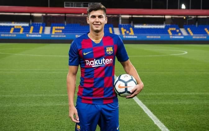 Santi Ramos Mingo - Zagueiro - 18 anos - Barcelona B