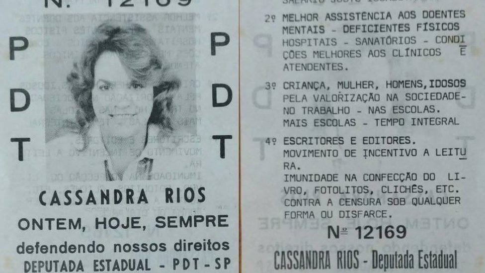 Cassandra foi convidada por político a concorrer às eleições de 1986 e aceitou o convite: se candidatou a deputada estadual por São Paulo pelo PDT