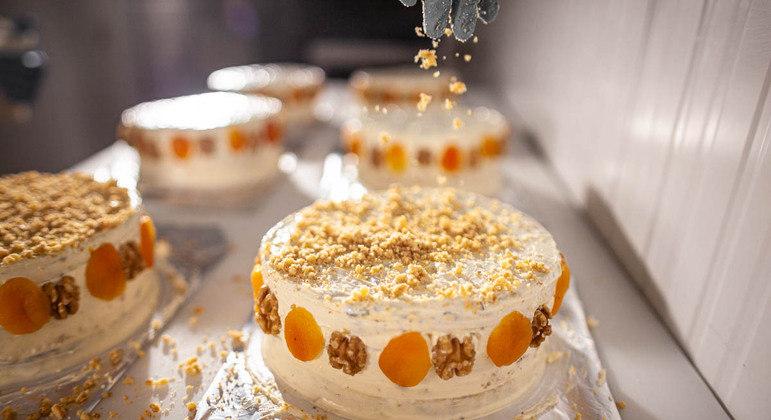 Parece bolo de casamento, mas é um dos queijos premiados no Mundial da França