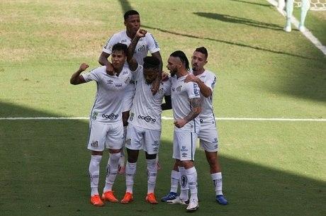 Marinho marcou para o time da casa