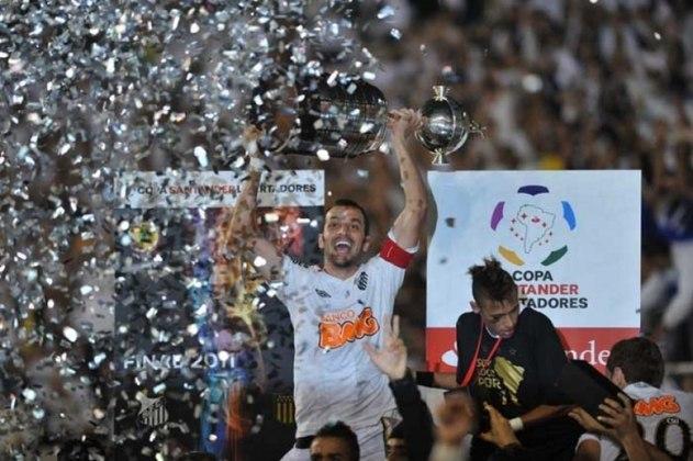 Santos: Atual vice-campeão da Liberta, o Santos tem 8 títulos internacionais (2 Mundiais, 3 Libertadores, 1 Recopa Intercontinental, 1 Recopa Sul-Americana e 1 Copa Conmebol)