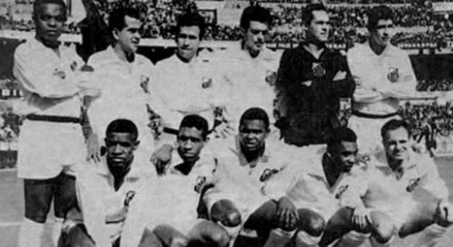 Santos foi campeão da Libertadores em 1963