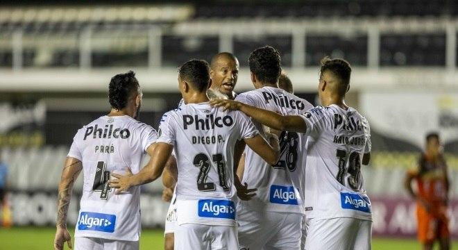 Gol de Lucas Veríssimo garantiu a vitória do Santos na Libertadores