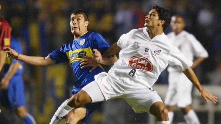 Santos e Boca Juniors definem nesta quarta-feira quem vai à final da Libertadores de 2020. As equipes fizeram a final de 2003, com título argentino após triunfo por 3 a 1, no Morumbi. Veja por onde andam os atletas que defenderam o Peixe naquela noite!