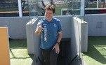 Depois da coletiva, foi vez do treinador conhecer as instalações do clube. A primeira parada foi na Vila Belmiro, onde Fernando Diniz inclusive já jogou, como atleta do Santos, lá atrás, em 2005