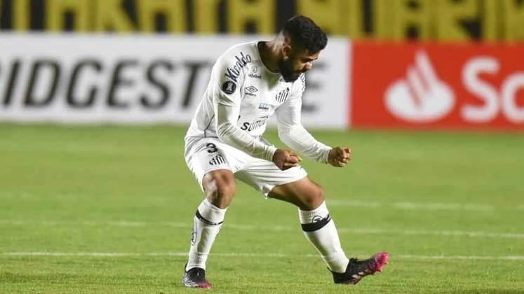 SANTOS: Foi eliminado na fase de grupos do Campeonato Paulista de 2021. Foi eliminado na fase de grupos da Libertadores de 2021. Classificado para as oitavas de final da Sul-Americana de 2021. Foi 8º colocado na Série A de 2020.