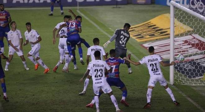 Santos empata com Fortaleza e perde chance de entrar no G-4