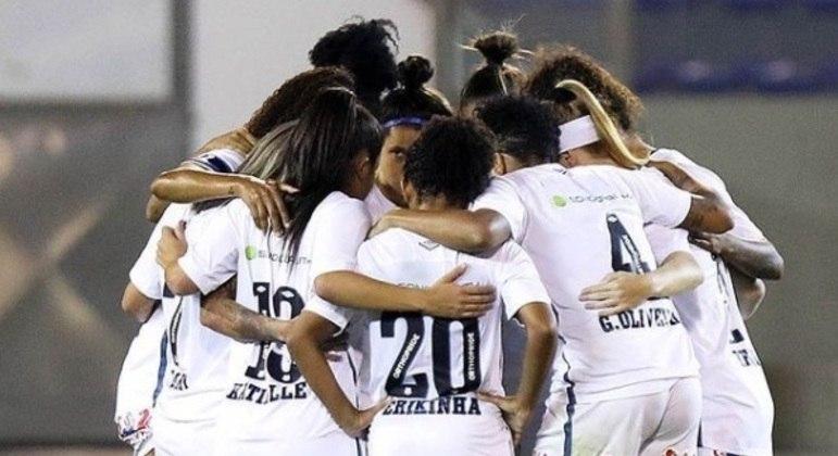 Jogadoras do time de futebol feminino do Santos