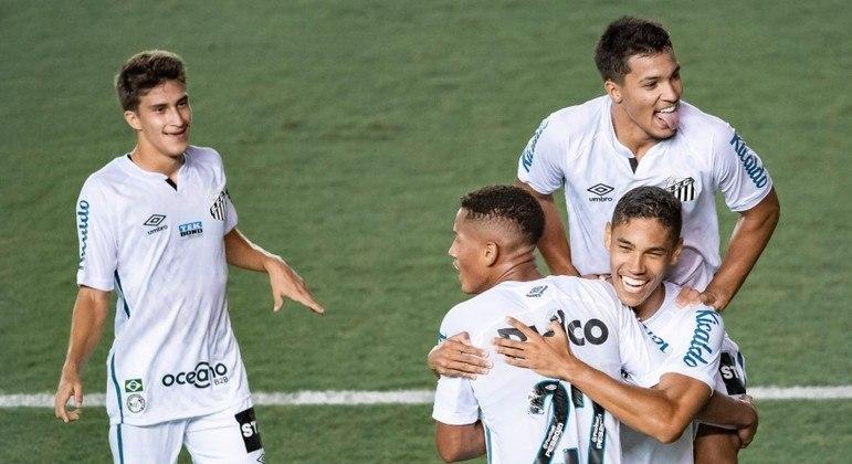 Santos quebra jejum e vence o Ituano por 2 a 1 na Vila Belmiro