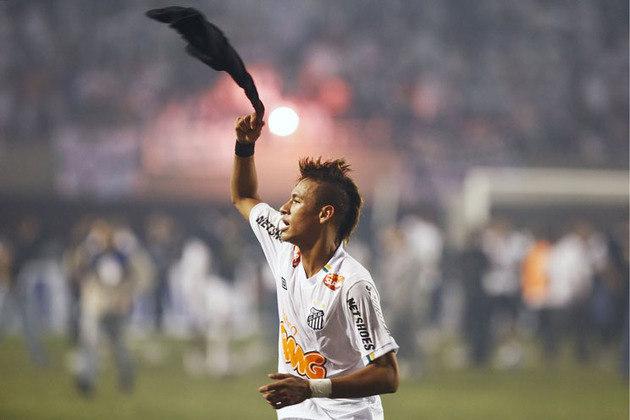 Santos: 18º colocado na 6º rodada do Brasileirão de 2012 com 4 pontos. Terminou o campeonato em 8º lugar