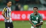 Depois disso, o Santos acumulou uma série de fracassos diante do rival. A começar pela decisão da Copa do Brasil de 2015, em que perdeu nos pênaltis