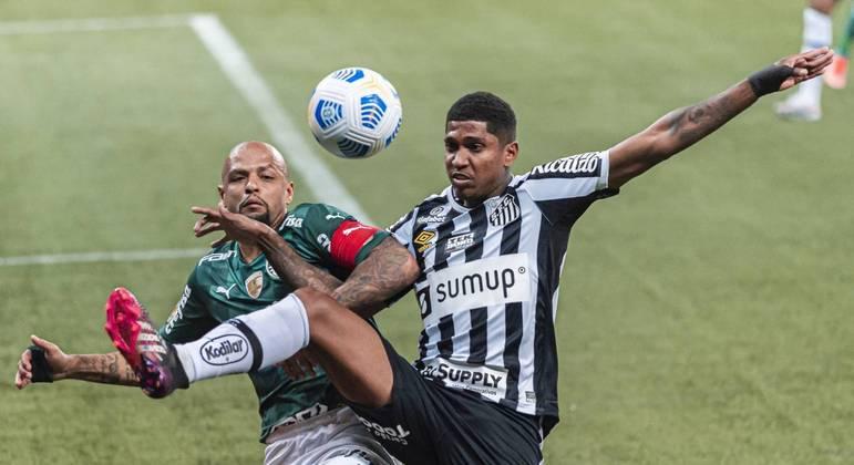 Raniel voltou a campo no último sábado (10), o Palmeiras, depois de nove meses afastado