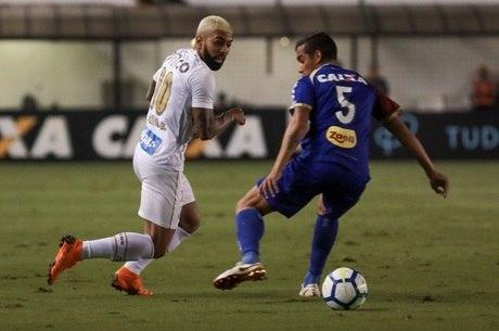 Santos e Paraná se enfrentaram na Vila Belmiro
