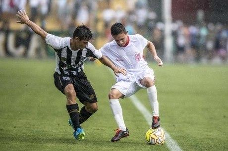 Santos goleou Sergipe por 5 a 1 em Mogi das Cruzes