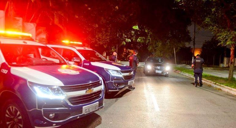 São Bernardo (SP) tem 1° dia de toque de recolher, com dez pontos de bloqueio pelo município