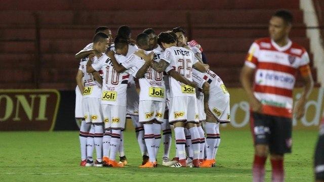 Reinaldo sofre lesão na Coxa e pode não encarar Palmeiras