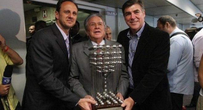 São Paulo espera a Taça das Bolinhas. Desta vez para ficar de vez no Morumbi