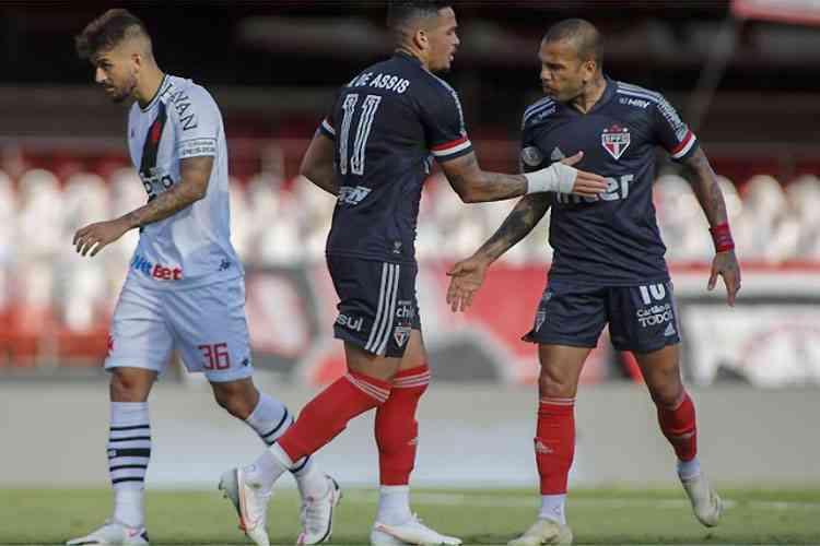 São Paulo foi uma grande decepção no Morumbi. Perdeu o embalo contra o Vasco