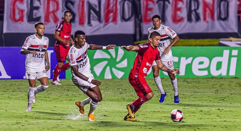 São Paulo enfrentou o Botafogo de Ribeirão Preto no Morumbi