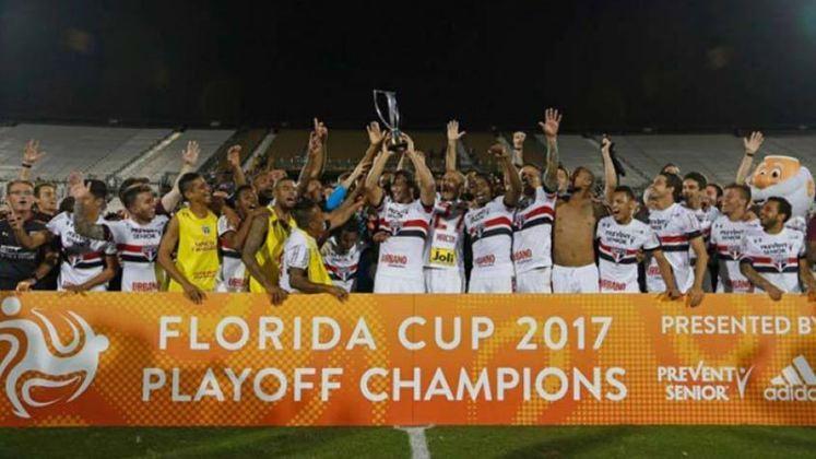 São Paulo e Corinthians se enfrentaram pela final do torneio amistoso Flórida Cup de 2017, disputada em Orlando. Depois do 0 a 0 nos 90 minutos, o Tricolor derrotou o Timão por 4 a 3 nos pênaltis e levantou a taça do torneio.