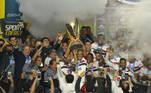 O ano já conta com vários títulos inéditos e quebras de tabu no futebol mundial. O São Paulo é um dos times dessa lista, que depois de nove anos voltou a ser campeão. O Tricolor bateu o Palmeiras na final do Paulistão e relembrou o gostinho de levantar uma taça. Mas tem mais