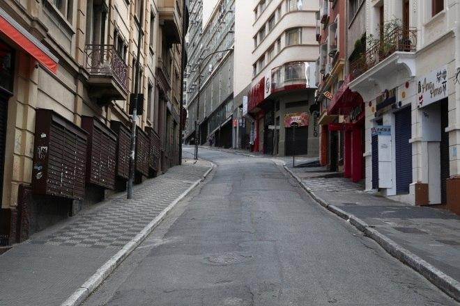 Veja São Paulo com ruas vazias no 1º dia de quarentena no Estado - Fotos -  R7 São Paulo