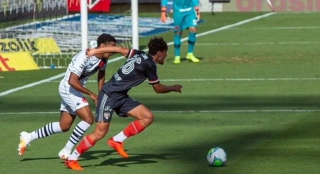 São Paulo e Vasco duelaram neste domingo (22), no Morumbi, pelo Brasileirão