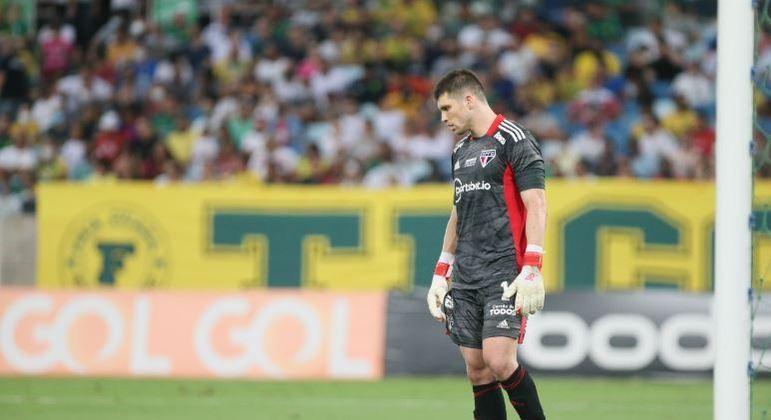 São Paulo empatou com Cuiabá, na noite de segunda-feira (11)