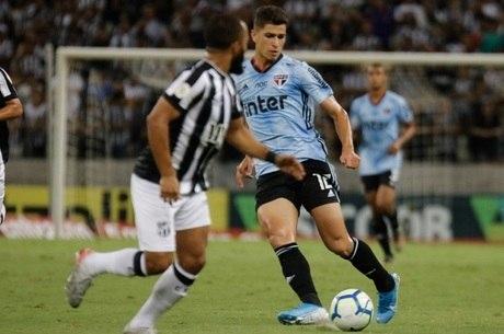 Atacante Vitor Bueno fez o gol são-paulino