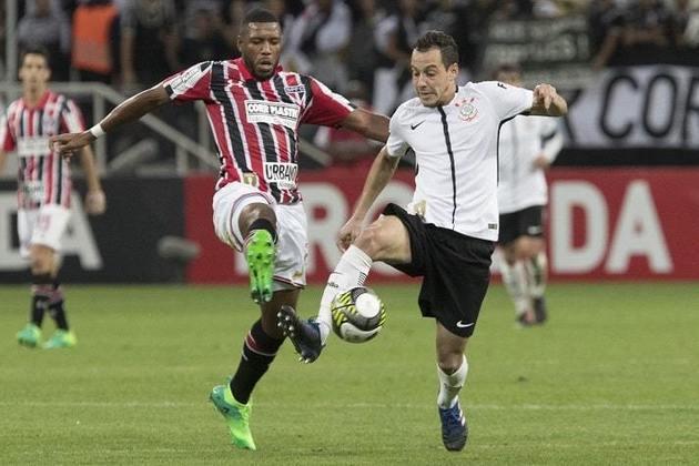 São Paulo x Corinthians - 2017: mais uma derrota do Tricolor para rivais na semi. Em dois jogos, a equipe empatou o primeiro em 1 a 1 e perdeu o segundo por 2 a 0.