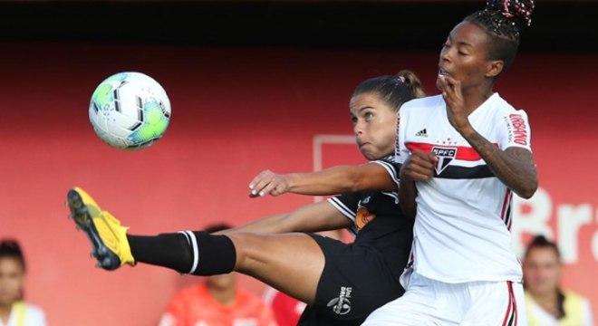 São Paulo acabou com sequência sem derrotas do Corinthians