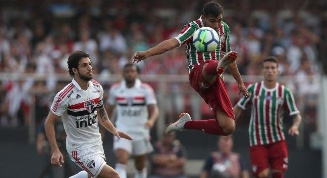 São Paulo e Fluminense jogaram com estádio Morumbi lotado