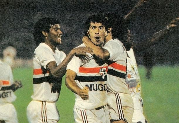 São Paulo x Palmeiras - 1987: mais uma semifinal em que o Tricolor saiu vencedor. O empate sem gols no jogo de ida, junto com a vitória por 3 a 1 na volta, colocou o Tricolor na final, onde venceu o Corinthians e foi campeão.