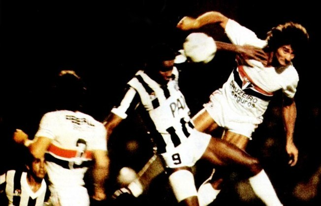 São Paulo x Santos - 1983: naquele ano, o São Paulo enfrentou o rival nas semis do estadual. No jogo de ida, vitória por 2 a 1 no Morumbi. Na volta, o empate por 1 a 1 garantiu o Tricolor na final.