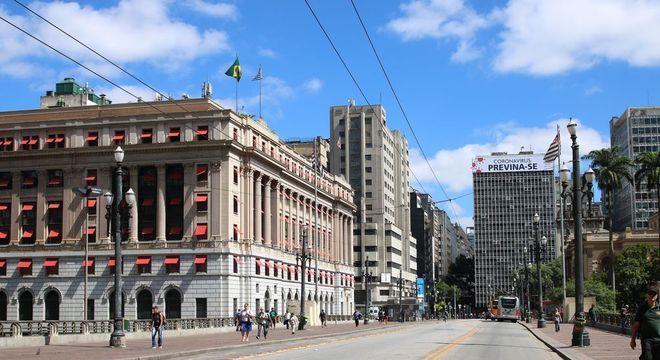 São Paulo deve anunciar plano gradual de reabertura no dia 11 de maio