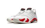 Air Jordan 14 'Chicago' ficou famoso após a publicação de um documentário sobre os títulos e a última temporada do Chicago Bulls com Jordan
